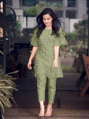 Designer Pearl Kurti with designer cutout culottes Glamours  Pants